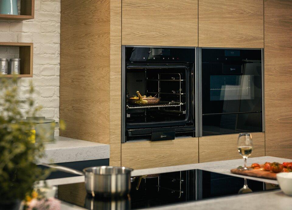 Elektrogeräte von Neff für Küchen von Küche&Co Küche&Co