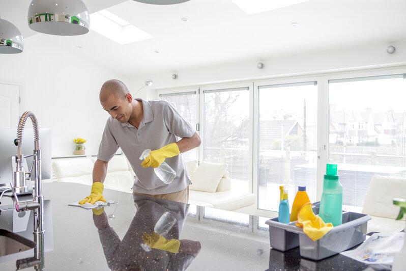 Die richtige Pflege für Küchenfronten - Küche&Co